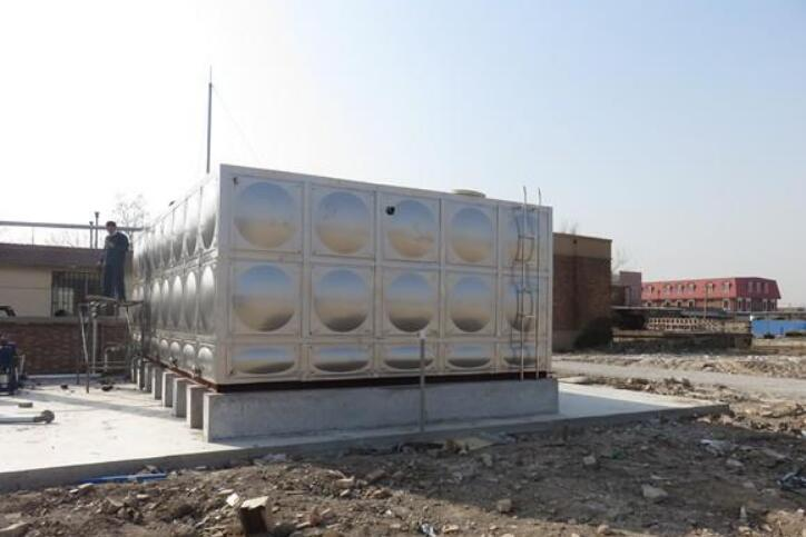 影响不锈钢保温水箱保温效果的因素